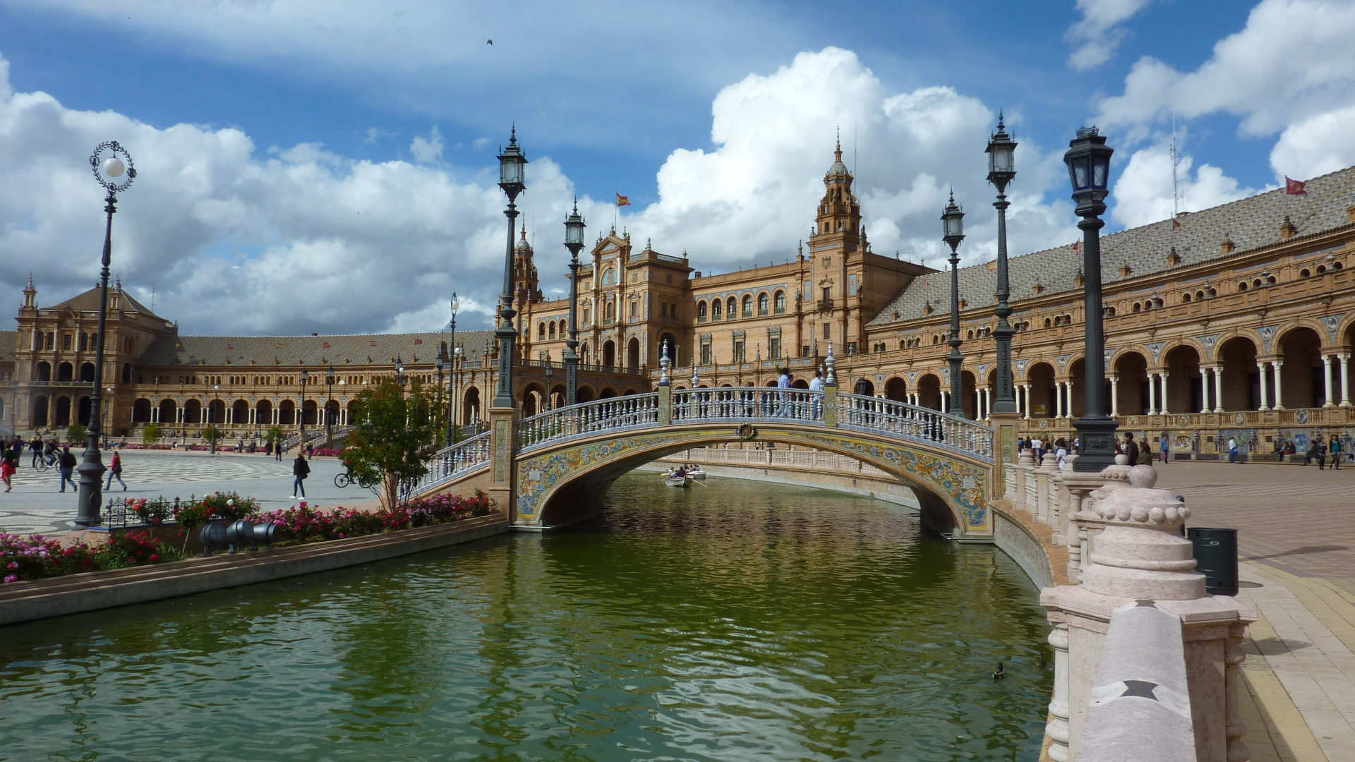 Seville's Feria de Abril or April Spring Fair  beam me up ...